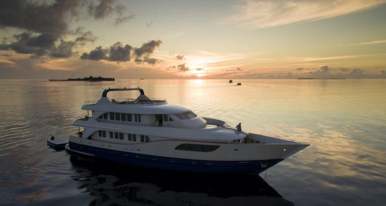 Búvárszafari a Maldív Szigeteken!